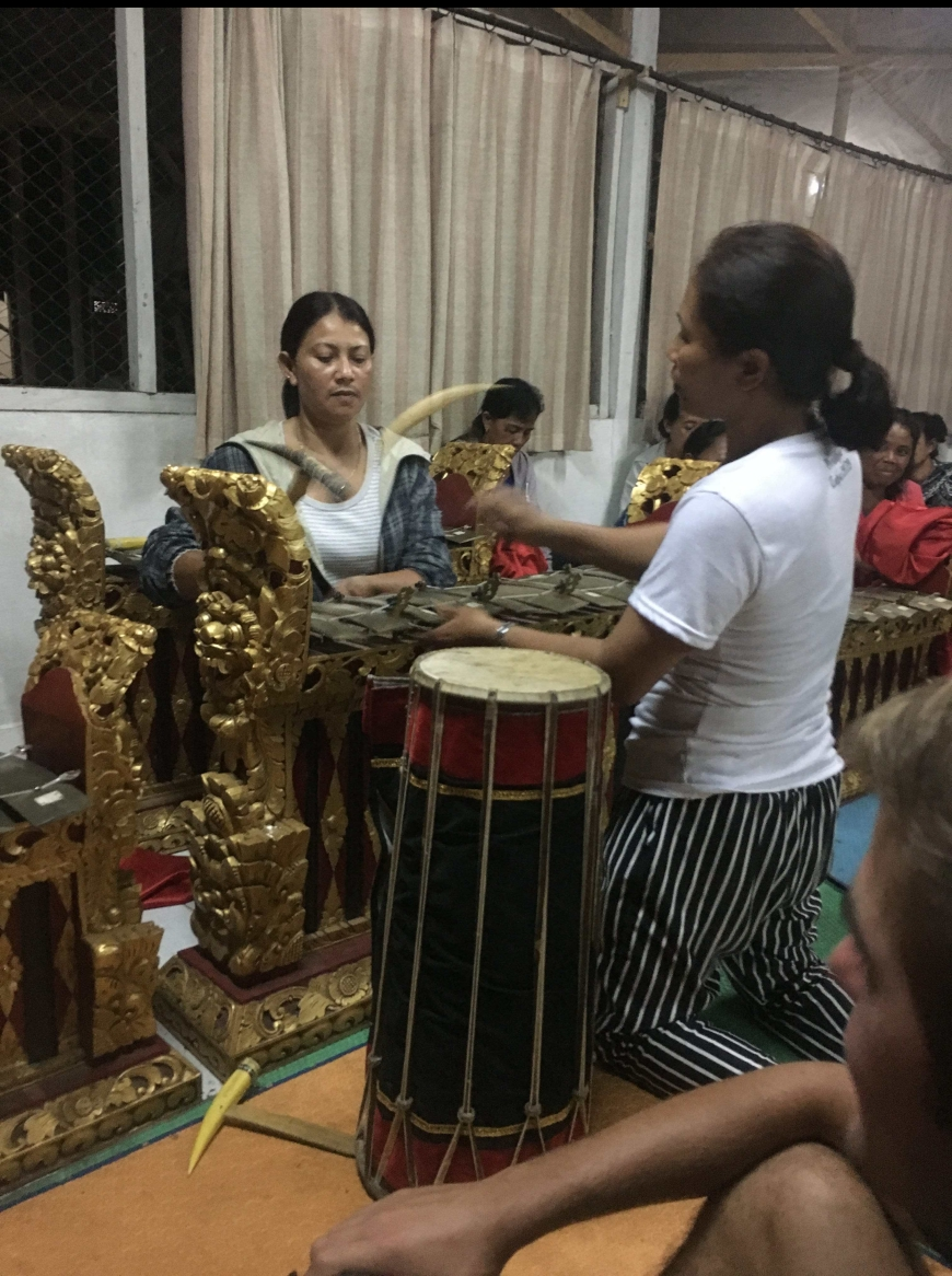 listening to gamelan music played by the women of the village in Tampak Siring