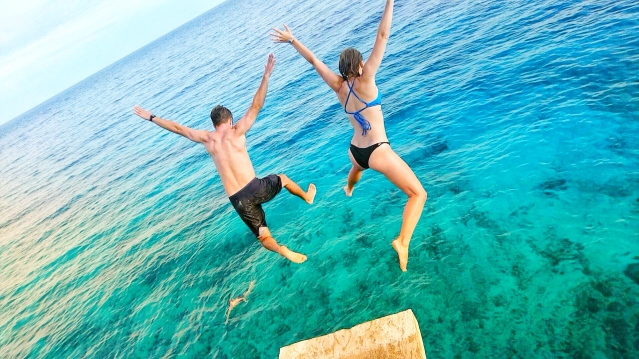 Cliff Jumping on the the island of Siquijor in the philippines