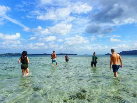 Island Hopping and searching for starfish with travel friends
