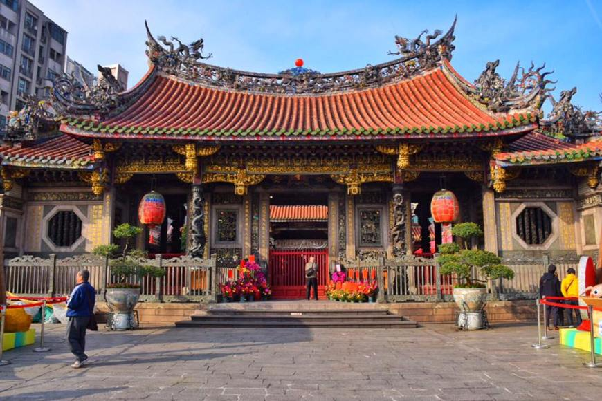 Longshan Temple one of the most iconic temples in Taipei
