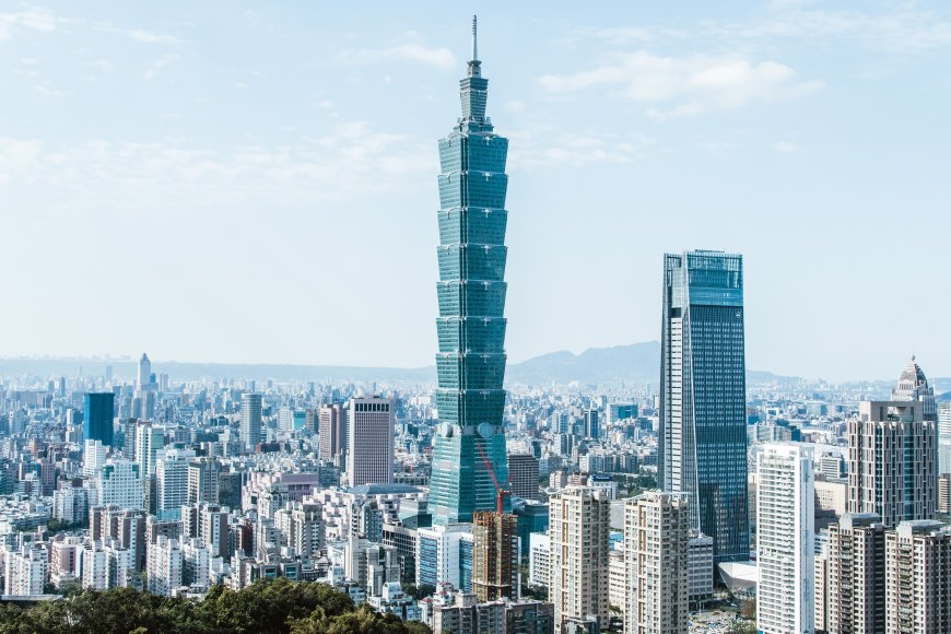 View of Taipei 101 from Elephant Mt.