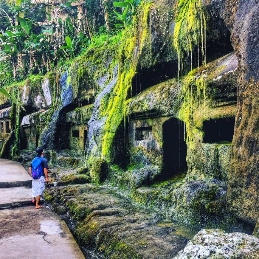 TJ of Life Is Meant For Exploring marveling at the ancient shrines at Gunung Kawi temple