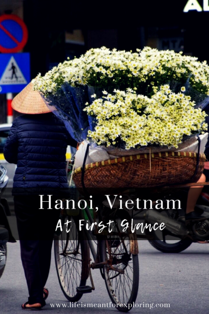 Pin this graphic for your trip to Hanoi, Vietnam