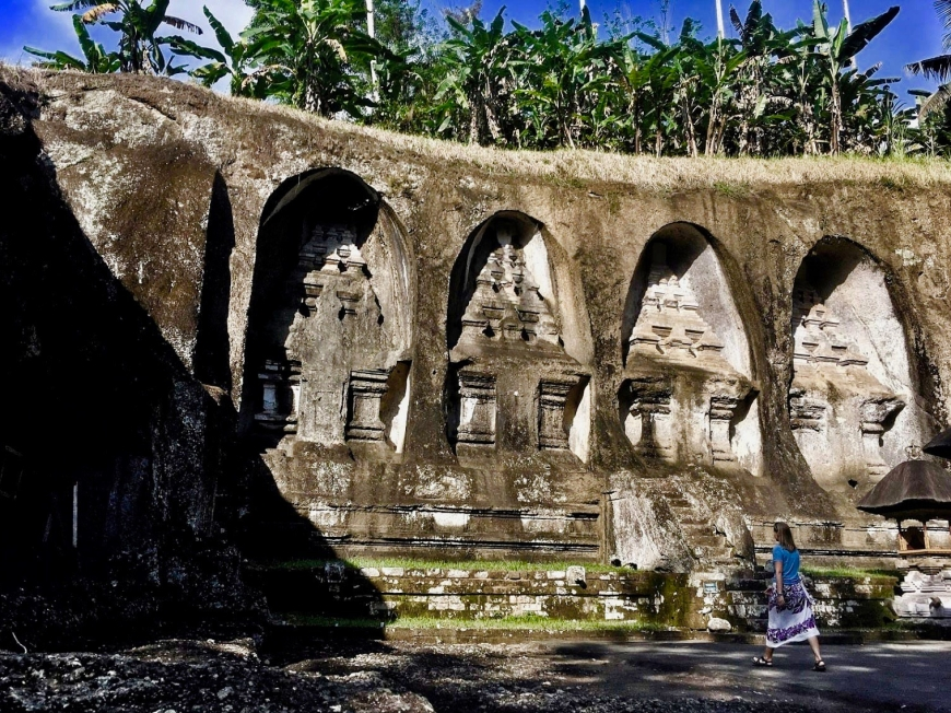 Click to explore the ancient Balinese temple Gunung Kawi